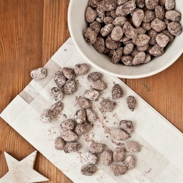 Selbstgemachte Weihnachtsmandeln. Ein einfaches und leckeres Rezept, auch zum Verschenken!