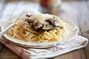 Spaghetti mit Grillgemüse aus dem Ofen