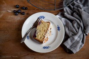 Mandel-Blaubeere Kastenkuchen