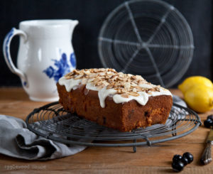 Rezept für Mandelkuchen mit Blaubeeren und Zitrone